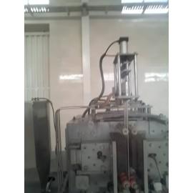 دستگاه بسته بندی ساشه مایعات غلیظ لایقی سه نازل B62
